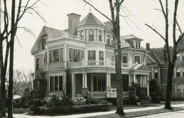 37 George Street in 1939